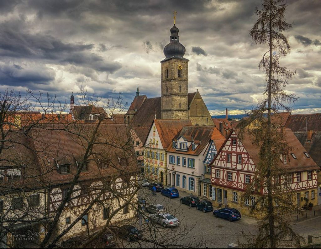 Heute bin ich nicht weit gefahren und habe Forchheim besucht. Das Foto ist aus dem Fenster der Pfalz entstanden. Dort befindet sich ein sehr interessantes Museum. Jetzt bin ich wieder etwas schlauer ?? #meinfoto #deinbayern #visitbavaria #igersforchheim #nordbayern_de #forchheimshots #forchheim #forchheimerleben #sonya6000 #deutschlandkarte #meindeutschland #igersfranken #schau_fei_forchheim