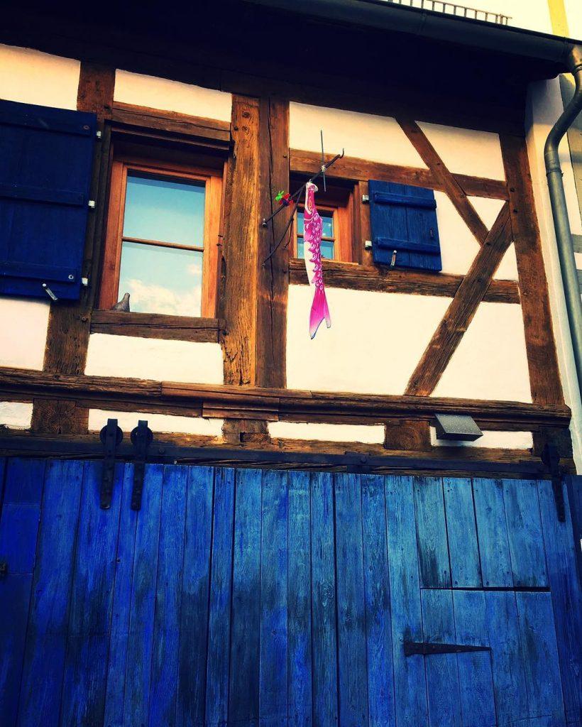 #Forchheim #sundaywinterwalk #sunday #sundayafternoonwalk #forchheimerleben #forchheimshots #forchheimviews #igersforchheim #blue #weloveblue #spaziergang #spaziergangdurchdiestadt #bluehouse #forchheim2017 #franken #oberfranken #bluecolor #forchheimerleben #instadaily