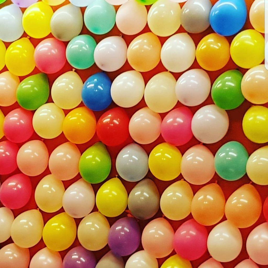 #forchheim #annafest #annafest2017 #forchheimshots #annafestwalk17 #luftballonspicker #luftballons #ballonspiel #immeramknipsen #verrücktnachfotos #farbenspiel #bunteballons #maliliamdrücker #meinblickwinkel #immeramauslöser #bilderknipsen #franken #unterwegs #spicker #igersforchheim #forchheimerleben #forchheimviews